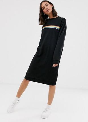 Трикотажное платье monki с карманами