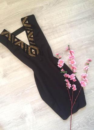 Маленькое черное платье украшенное бисером miss selfridge
