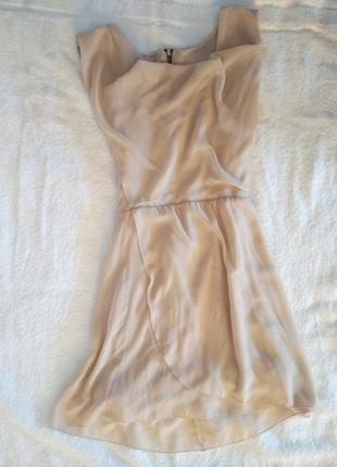 Елегантна шифонова сукня