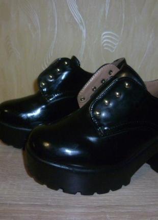 Ботинки на платформе vera blum (вера блум)  36р
