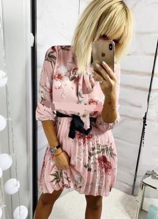 Потрясающее итальянское шифонове платье