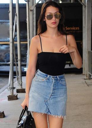 Новая джинсовая,мини юбка с потертостями,бахрома ,хлопок new look