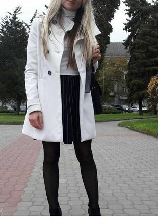 Осіннє пальто zara