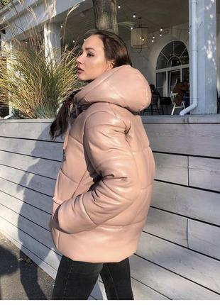 Крутая стильная зимняя куртка из экокожи