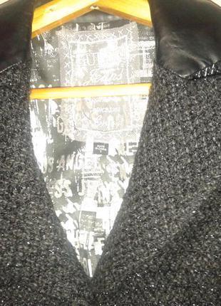 Нарядный теплый пиджак2 фото