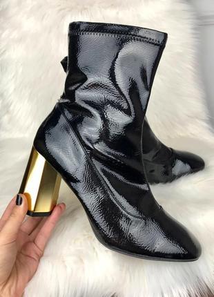 Лакові ботінки-чулок від primark, золотий каблук