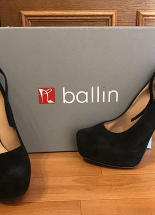 Нарядные туфли на каблуке ballin