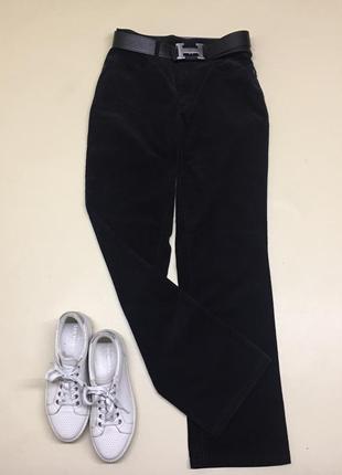 Чёрные вельветовые джинсы
