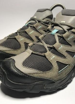 Женские треккинговые кроссовки salomon