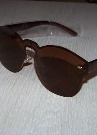 Безободковые стильные солнцезащитные очки унисекс дымчатые шоколад италия6 фото