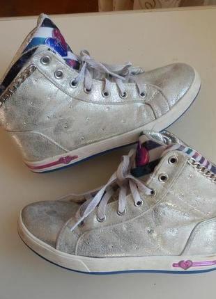 Деми ботинки skechers 36р