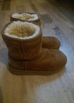 Зимние кожаные угги сапоги ботинки ugg оригинал на мальчика и девочку 28р.