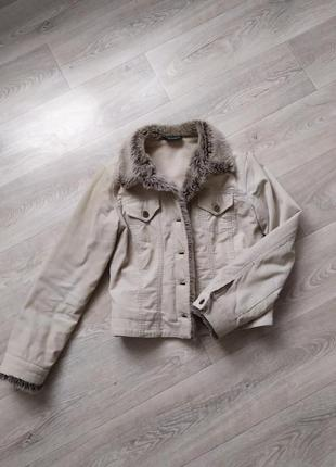 Вельветовая курточка на осень