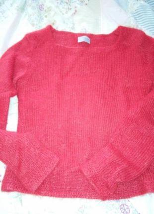 Теплый свитер мохеровый