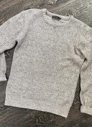 Базовый серый свитер