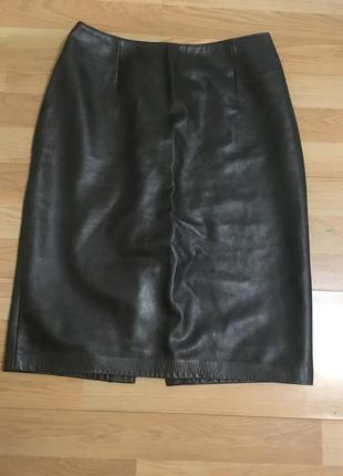 Темно-зеленая кожаная юбка карандаш  zara, mango, hsm