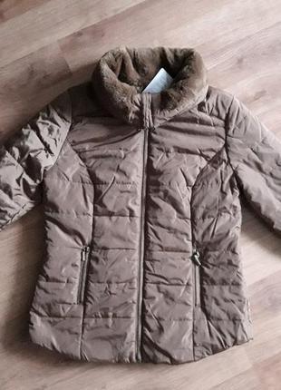 Курточка фирменная демисезонная