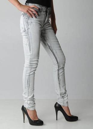 Розпродаж!!!! жіночі джинси cheap monday tight painted white - w33 l34