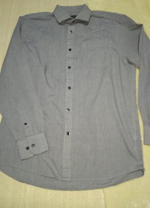 Качественная классическая рубашка в сине-белую клетку