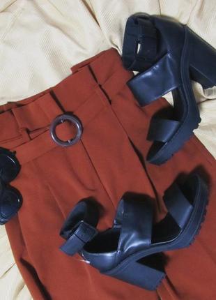 Туфли, босоножки на устойчивом каблуке