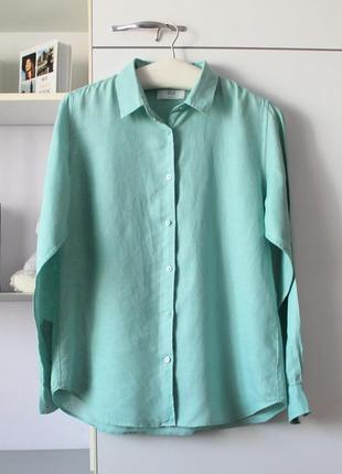 Льняная мятная рубашка от uniqlo