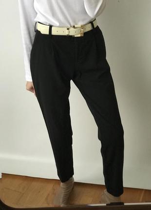 Брюки чёрные бананы зауженные защипами свободные высокие чинос карго стрелки штаны винтаж