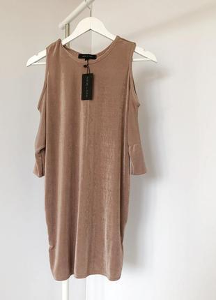 Тренд удлиненная блуза-туника с открытыми плечиками new look