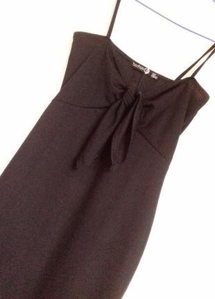 Новое маленькое черное платье