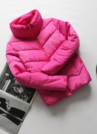 Красивая малиновая куртка пуффер  с кольцом с м 8