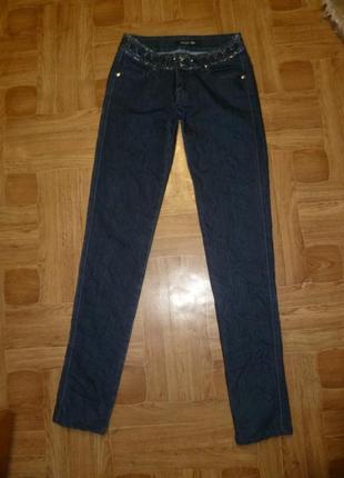 Брендовые базовые джинсы  gold sk узкие стрейчевые утягивают,деми