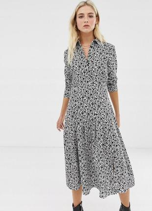 Чарівна міді чорно-біла сукня з принтом
