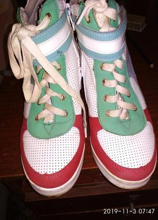 Сникерсы, ботинки