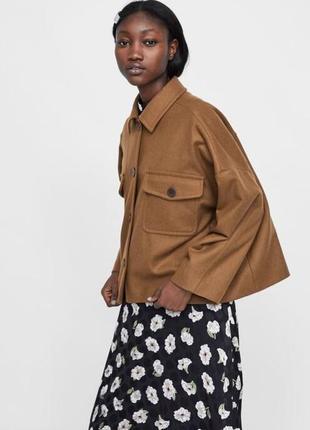Укороченое пальто zara