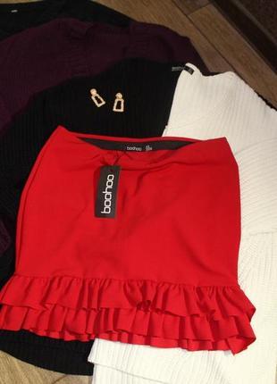 Красная юбка boohoo новая с рюшей