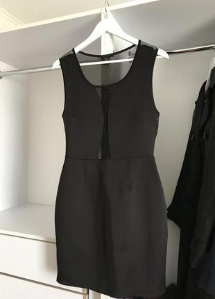 Черное платье в сеточку amisu
