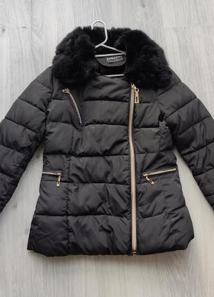 Черная осенняя куртка