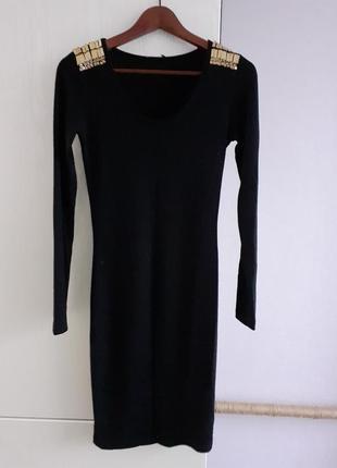 Платье черное, трткотажное