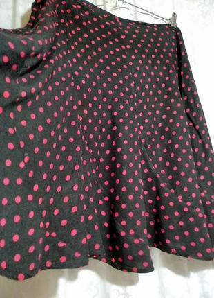 X-mail. чёрная юбка в красный горошек. размер xl.