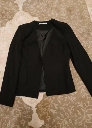 Чорний піджак фірми top secret