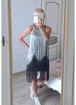 Платье нарядное с длинной люрекс бахромой италия xs/s/м черное с золотым