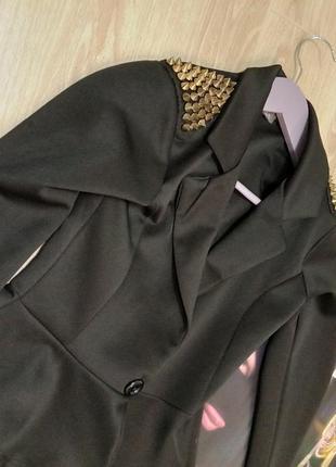 Пиджак в греческом стиле
