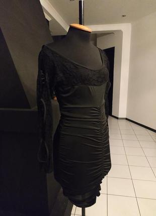"""Маленькое черное платье кружево мокрый трикотаж рукав с """"дырками"""" кружевное"""