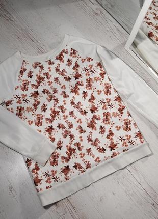 Біла кофта реглан в квіти seven sisters