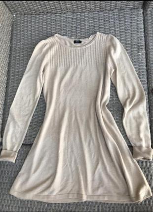Тёплое, шерстяное платье