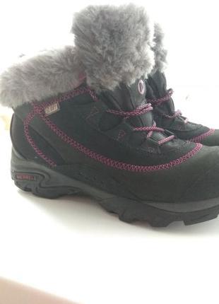 Ботинки зимние merrell. размер eur 38. стелька 25см. цена 2000грн.