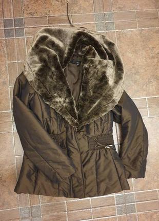Фирменная куртка на холодную осень