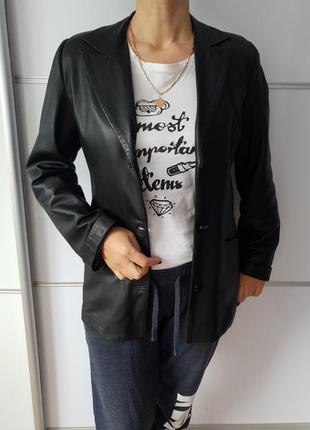 Кожаный пиджак*