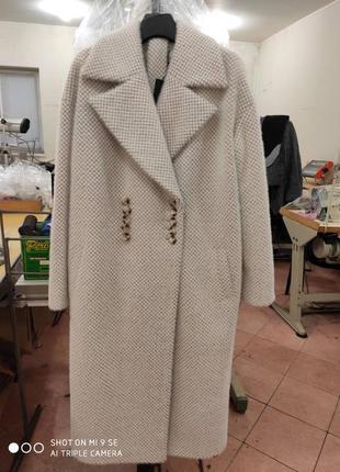 Тёплое пальто осень-зима