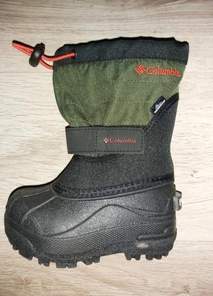 Columbia оригінал, дуже теплі чоботи для хлопчика. куплено в сша.