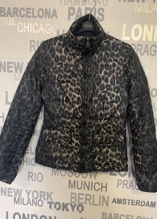 Куртка-пуховик ltb демисезонная, двусторонняя леопардовая и черная.